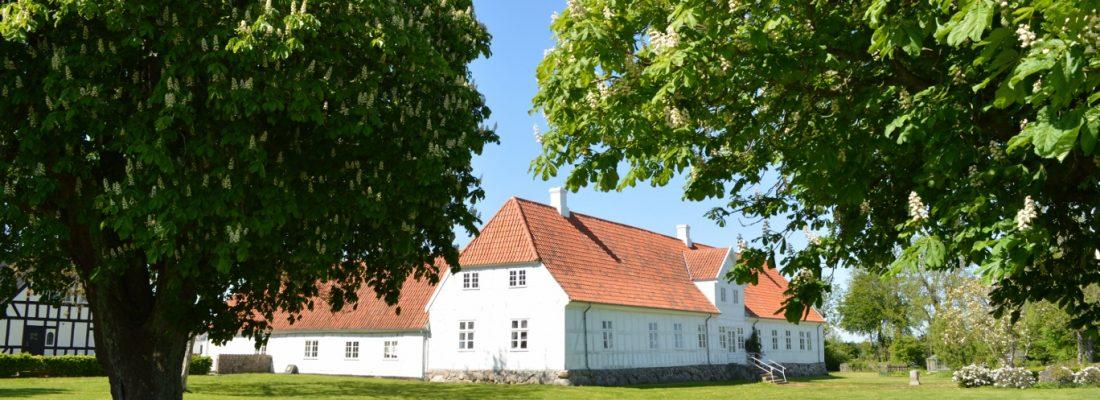 Jensgaard fra haven